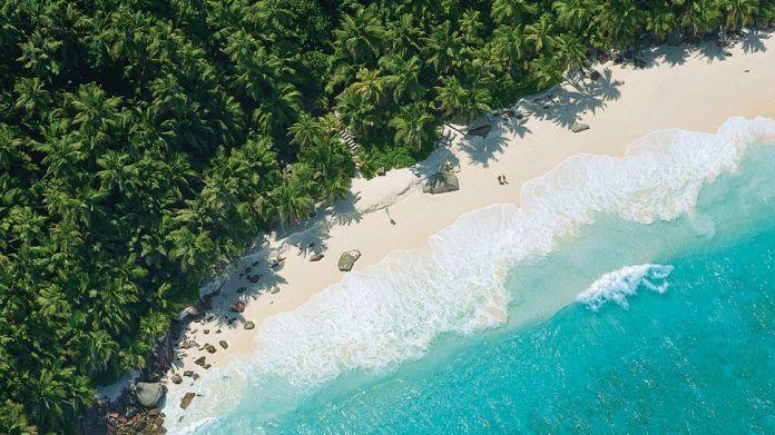 003276-13-aerial-beach