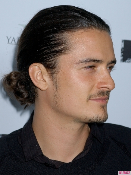 celebrity-men-with-man-buns-2-435x580-2
