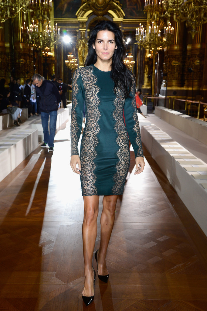 Angie+Harmon+Stella+McCartney+Front+Row+Paris+OCgZfBkeGsBx