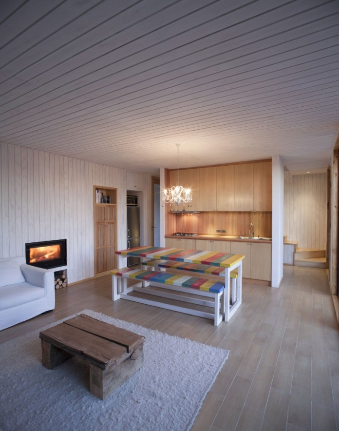 M-House-05-800x1017