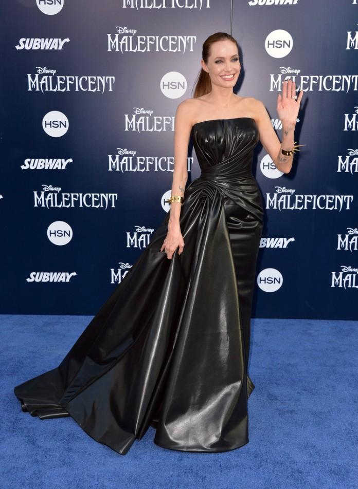 Angelina+Jolie+World+Premiere+Disney+Maleficent+GCvk8Vt3Ocxx